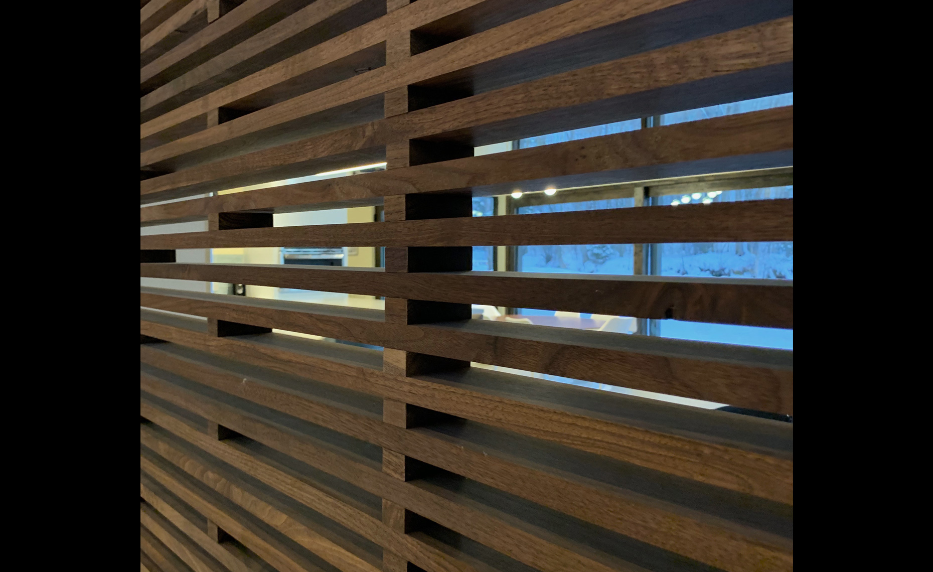 Baxter_Interior_close-up-slat-wall
