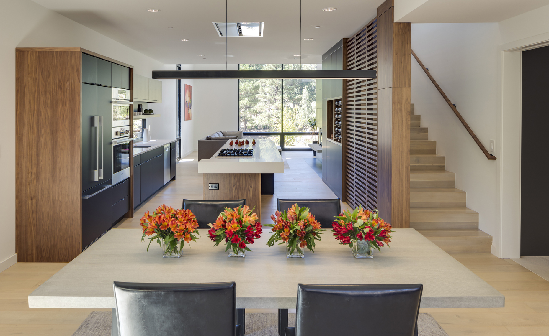 Website - Twin Buttes - interior dining room looking into kitchen