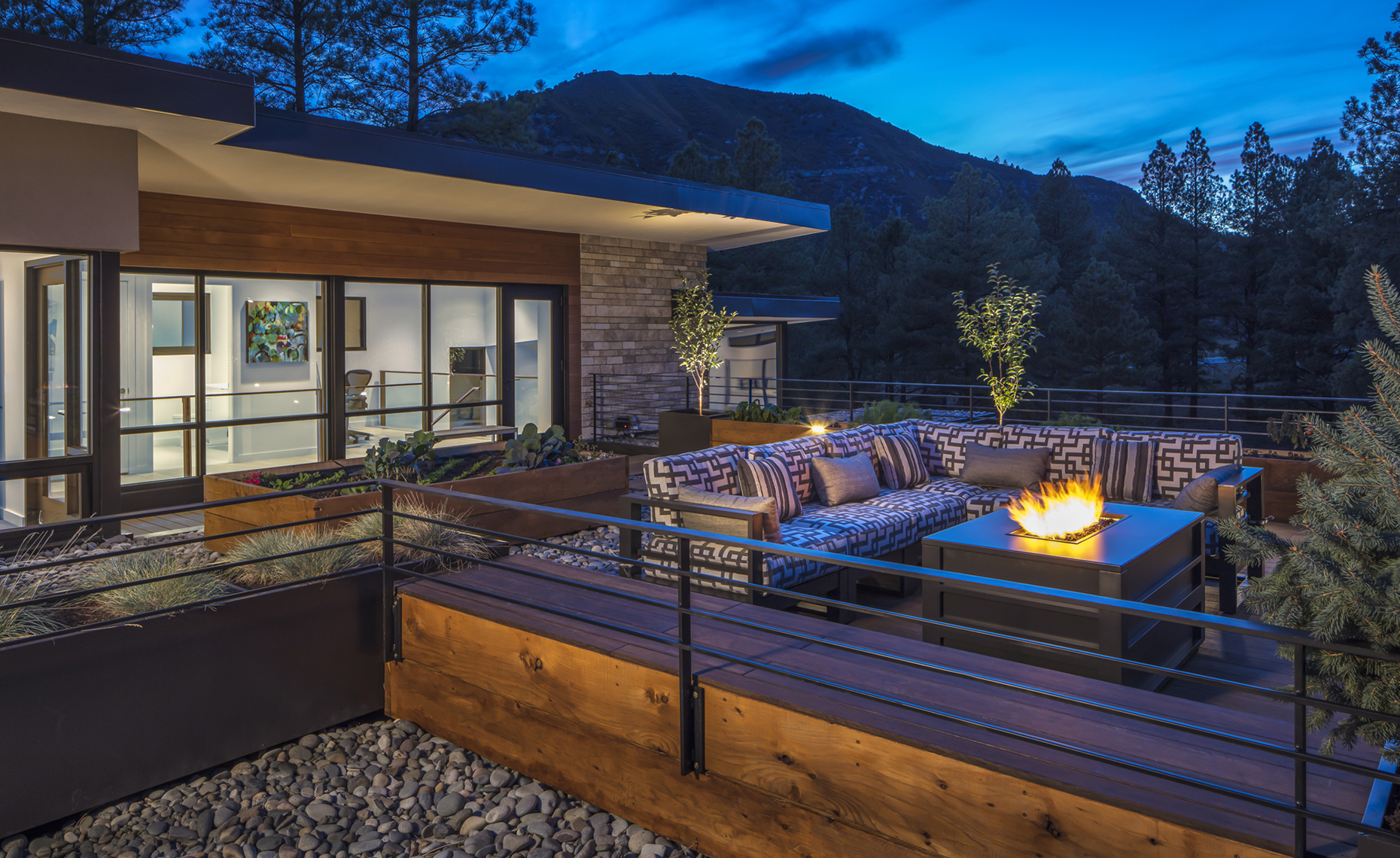 Website - Twin Buttes - outdoor rooftop deck